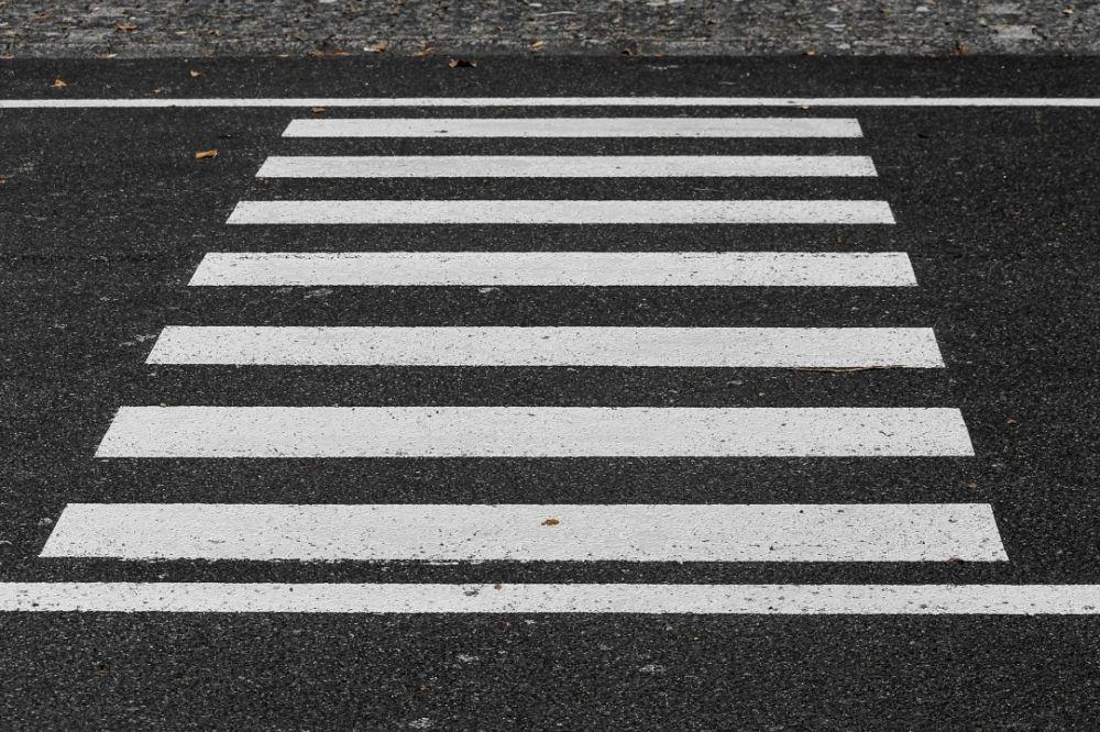 В Инкермане водитель мопеда сбил школьницу