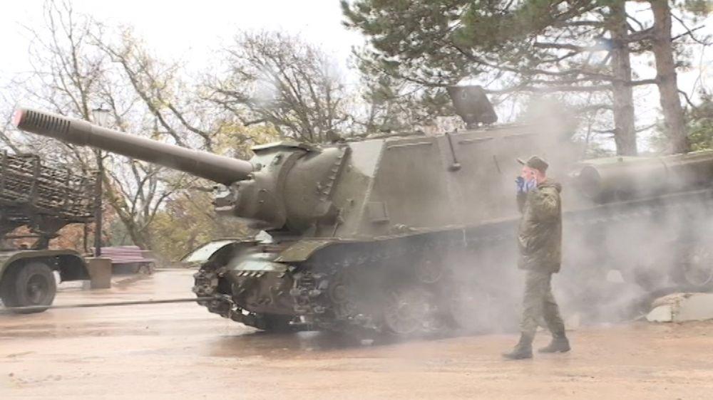 Военную технику, установленную на Сапун-горе вернут в строй