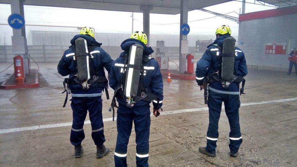 Сотрудники «КРЫМ-СПАС» продолжают проводить учебно-тренировочные занятия на потенциально опасных объектах полуострова