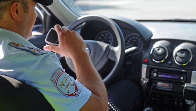 Как в кино: в Крыму участковый остановил водителя, который его сбил