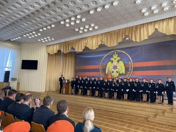 Владимир Бобков поздравил гимназистов с посвящением кадеты
