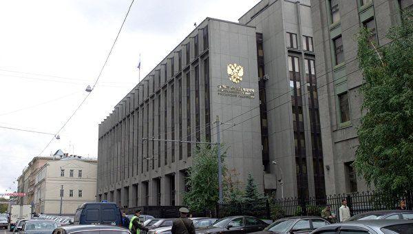 Сенатор посоветовал США помочь Украине признать Крым российским