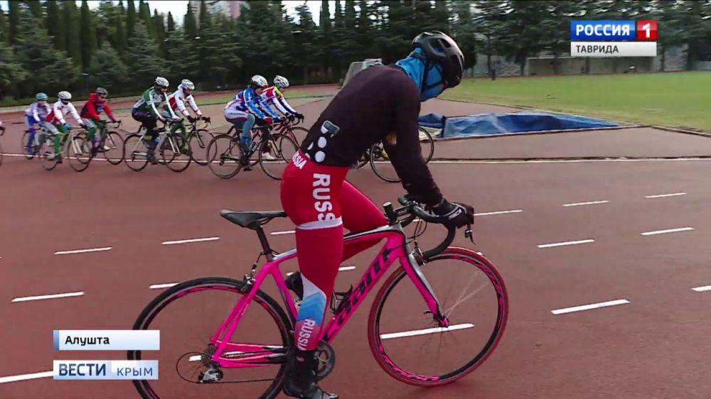 Женская сборная России по велоспорту готовится в Крыму к Олимпийским играм