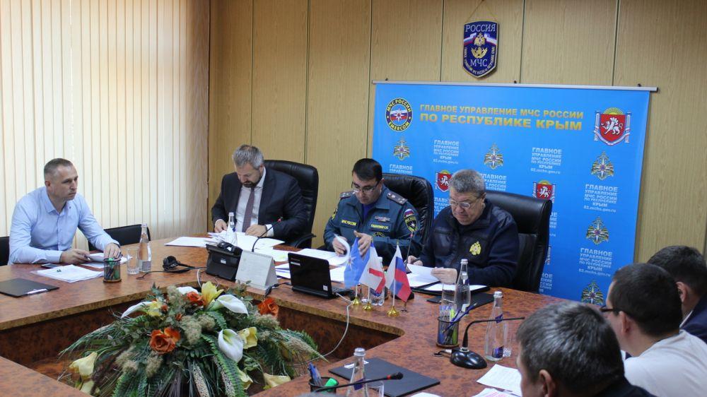 В ходе заседания КЧС Южного федерального округа обсудили итоги прохождения пожароопасного сезона 2019 года на территории Республики Крым