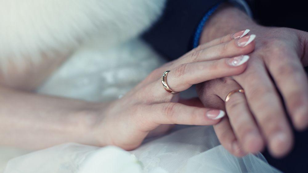 Накануне новогодних праздников отделы ЗАГС Крыма зарегистрируют порядка 115 браков