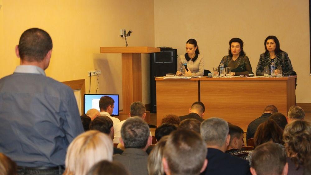 Арина Новосельская провела расширенное совещание по вопросам освоения бюджетных средств и реализации государственных программ
