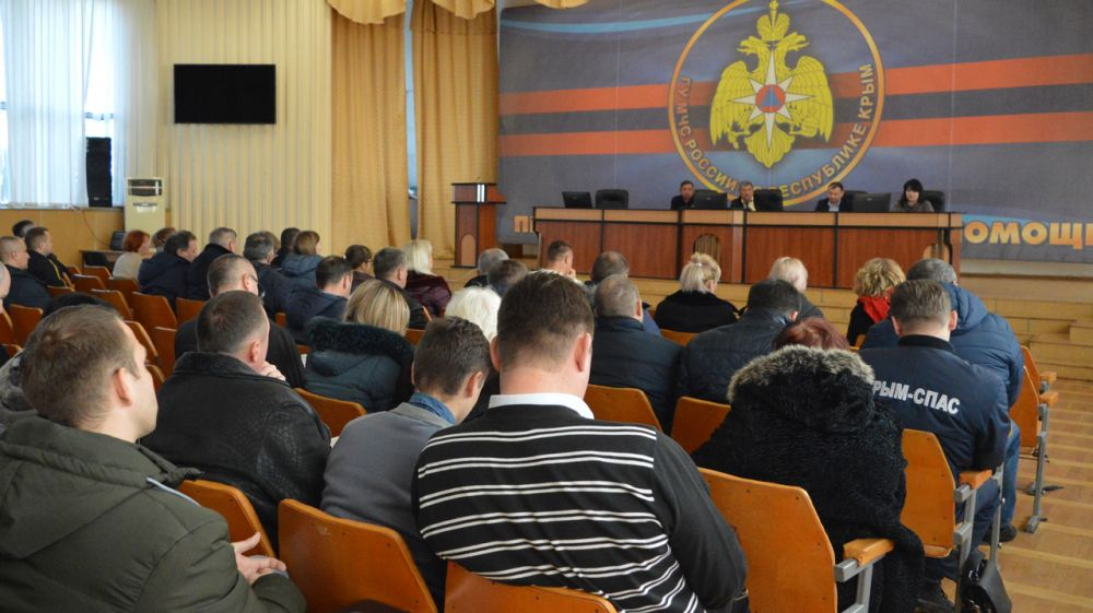 В МЧС Республики Крым состоялся семинар по противодействию коррупции
