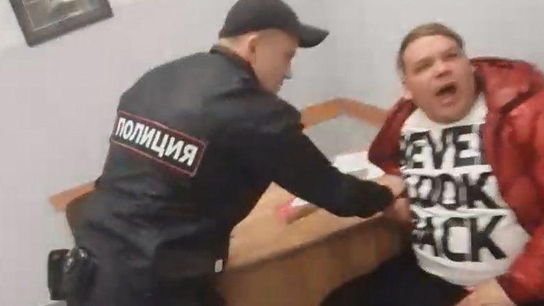 В аэропорту Симферополя задержали пьяного дебошира