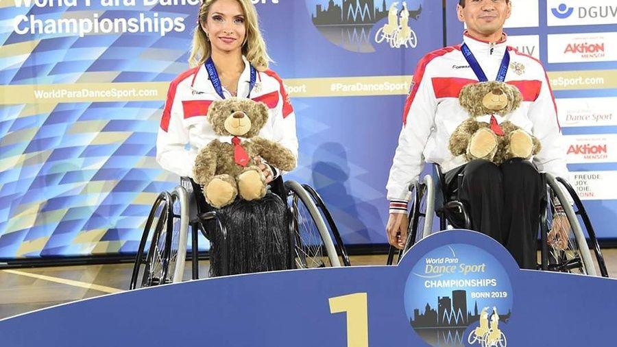 Игорь и Юлия Давыдовы из Бахчисарая завоевали шесть медалей на соревнованиях по танцам на колясках в Германии
