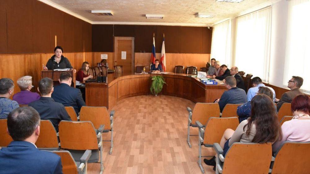 В Красноперекопске принят бюджет города на 2020 год и плановый период 2021-2022 годов в первом чтении
