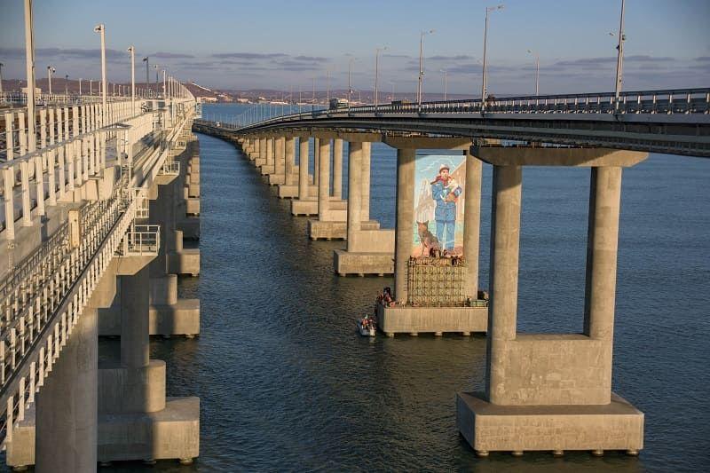 Как рисовали Мостика на опоре Крымского моста