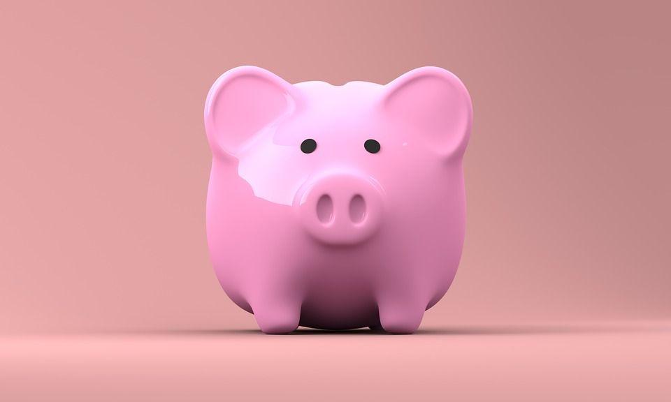 Как избежать случайных покупок и отложить деньги на праздники