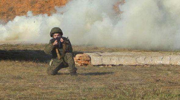 Новобранцы ЧФ проводят учения на крымских полигонах