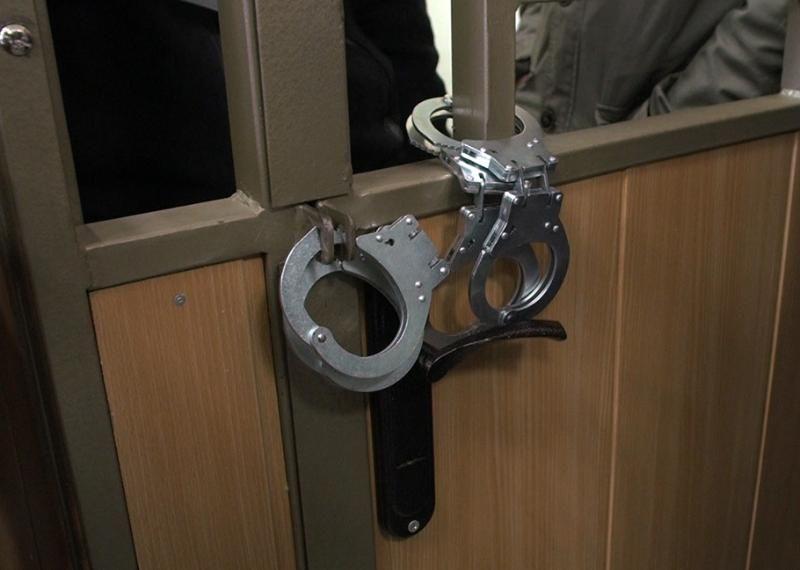 Трое нетрезвых крымчан задержаны за нападение на сотрудников полиции