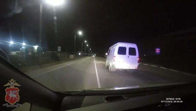 В Феодосии пьяный водитель устроил погоню со стрельбой
