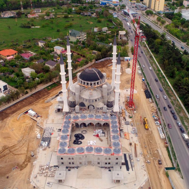 Соборная мечеть Крыма готова на 80%