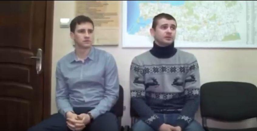 В Калининграде полицейских заставили вырезать снежинки на все МВД России