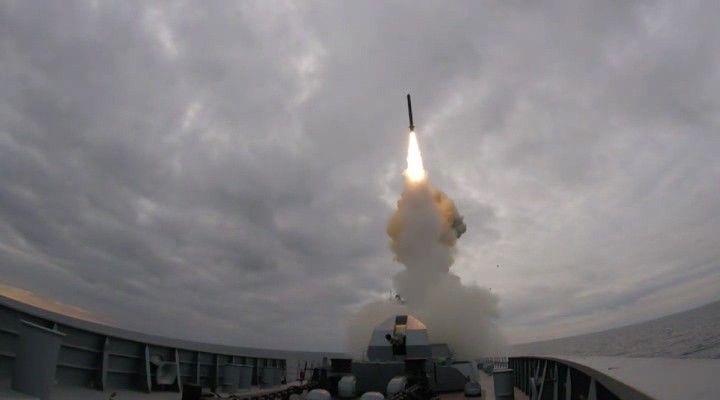 Фрегат «Адмирал Эссен» впервые выполнил стрельбу ракетой «Калибр»