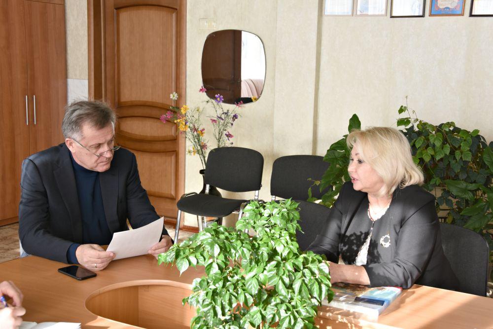 Глава Симферополя с рабочим визитом посетил школу-лицей № 3
