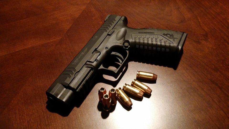 В Евпатории в доме погибшего пенсионера-затворника обнаружили арсенал оружия