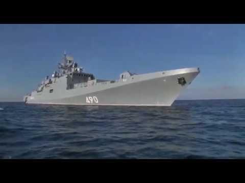 Фрегат «Адмирал Эссен» атаковал «врага» ракетами «Калибр»