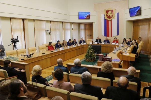 Владимир Константинов: В рамках Основного Закона Российской Федерации мы успешно развиваемся и строим Крым нашей мечты