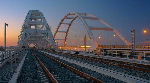 Путин проедет на поезде по Крымскому мосту 23 декабря - источник
