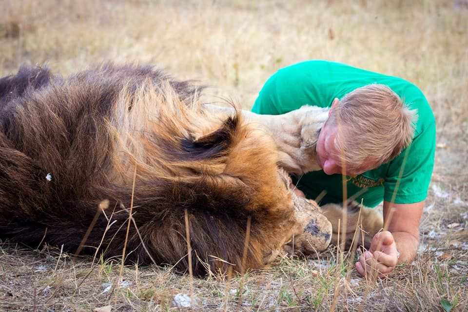 Ефим Фикс посоветовал владельцу сафари-парка «Тайган» Олегу Зубкову «уходить от политиканства»