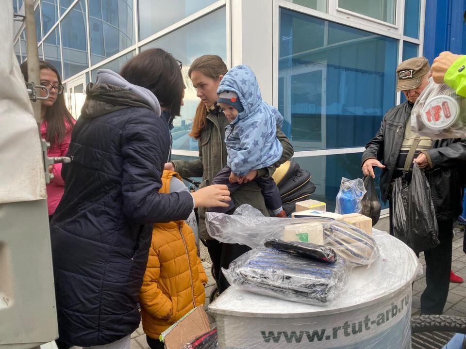 Школьники Севастополя сдали три тысячи батареек
