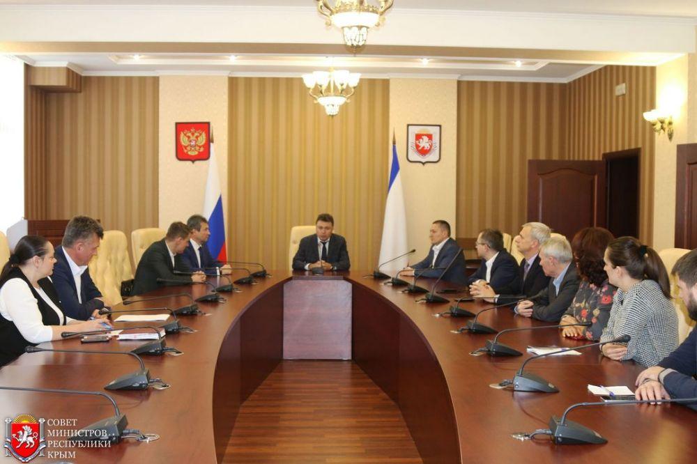 Коллективу Минэнерго Крыма представили нового руководителя
