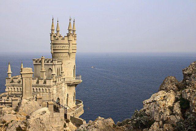 Крымские города возглавили рейтинг популярных черноморских курортов на лето-2020
