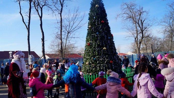 В Советском состоялось торжественное открытие районной новогодней ёлки