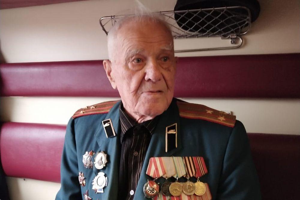 Освобождавший Севастополь ветеран поехал на первом поезде в Крым