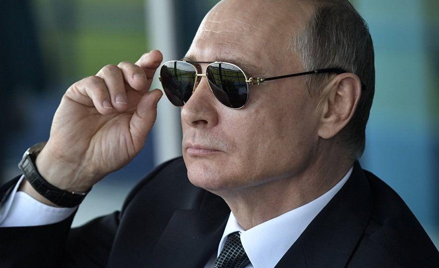 Bloomberg: Путин вернул Крым и искоренил ИГ* в Сирии