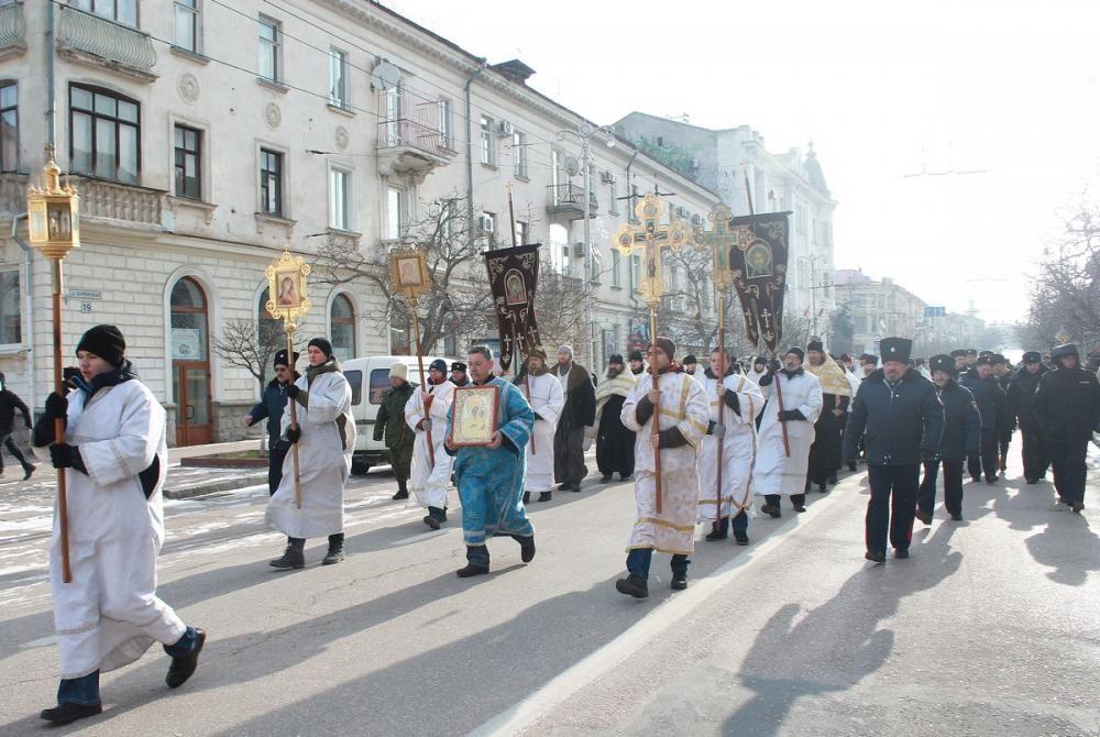 На Рождество в Севастополе ограничат движение транспорта