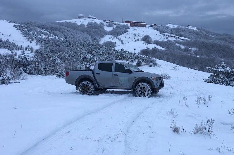 На Ай-Петри снег, но дорогу на горное плато перекрывать не будут