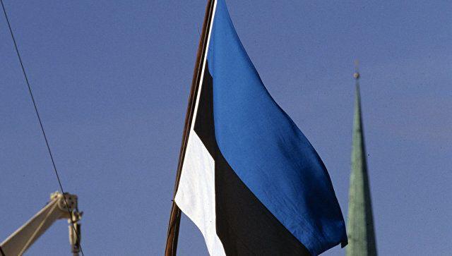 Президент Эстонии отказалась от бутылки крымского шампанского