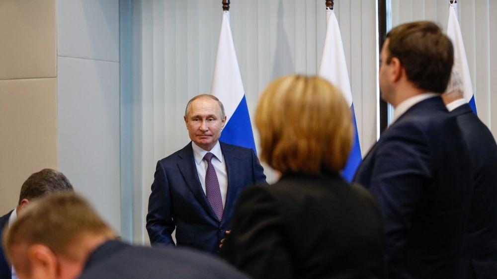 На совещании у Путина рассказали, когда индекс городской среды в Севастополе станет «благоприятным»