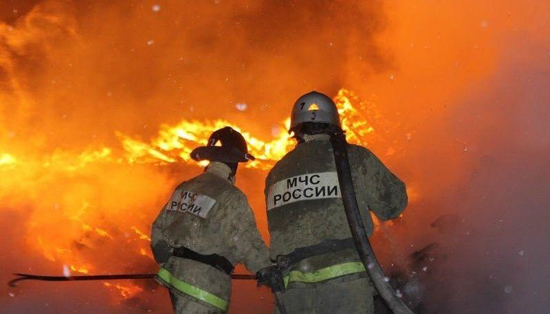 В Крыму на пожаре в с. Курское обнаружили тела двух человек