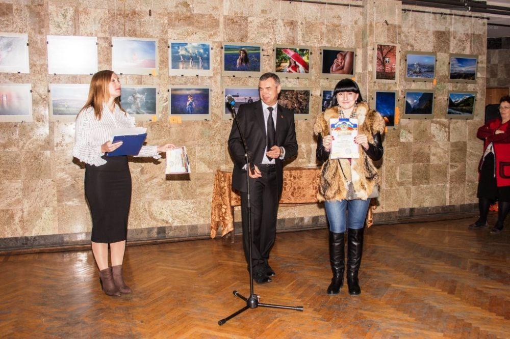 """В Ялте начнет работу ежегодная отчетная выставка """"Фотография года 2019"""""""