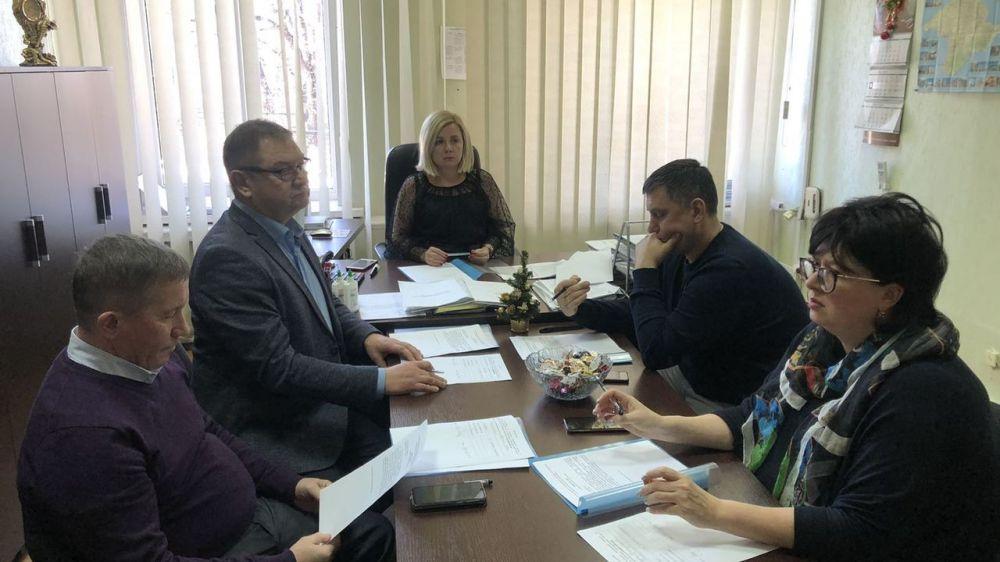 13 января состоялось заседание Лицензионной комиссии по лицензированию деятельности по управлению многоквартирными домами в Республике Крым