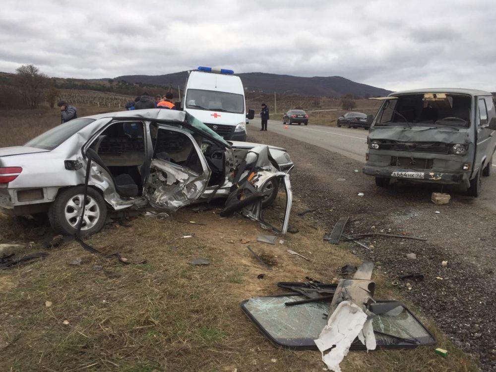 В ДТП под Севастополем пострадал подросток