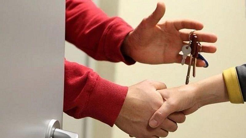 Сдав посуточно жилье, житель Симферополя лишился бытовой техники