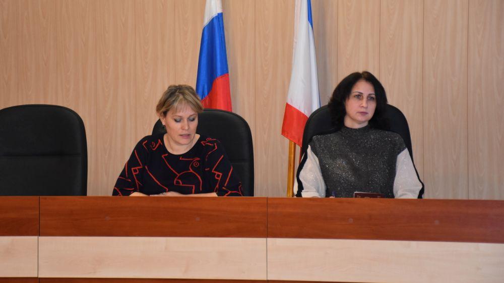 Состоялось первое в новом году заседание комиссии по делам несовершеннолетних и защите их прав Нижнегорского района