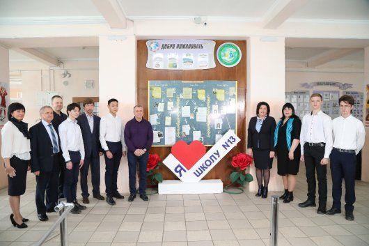 Спикер крымского парламента «сходил в гости» в симферопольскую школу № 13