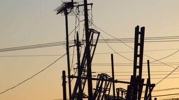 Хаос из проводов на крышах МКД хотят устранить в Бахчисарае