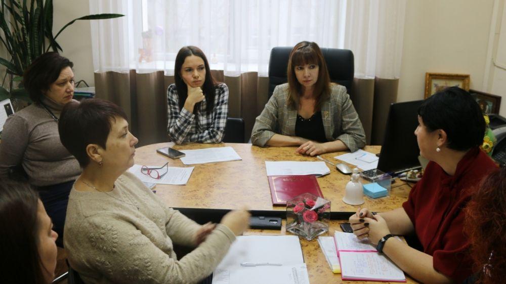 В Минкульте Крыма состоялось рабочее совещание с руководителями структурных подразделений сферы культуры администраций Феодосии, Кировского и Ленинского районов