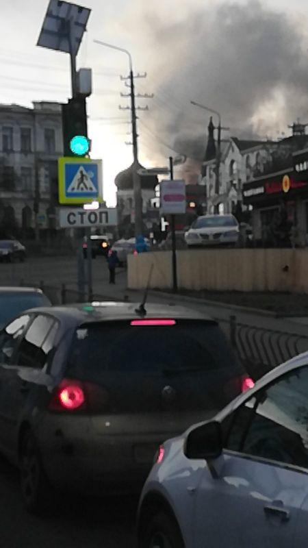 В центре Симферополя произошел пожар, - очевидцы