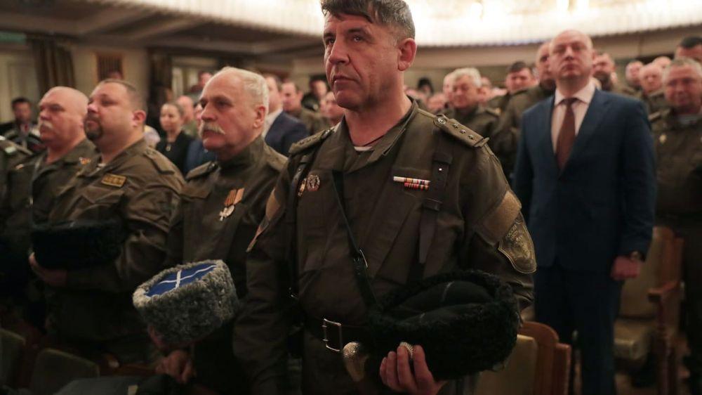 Казаки Крыма и Севастополя объединились в «Черноморское казачье войско»