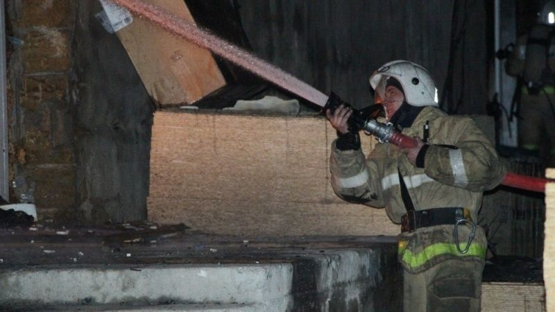 На пожаре в г.Евпатории были эвакуированы 5 человек